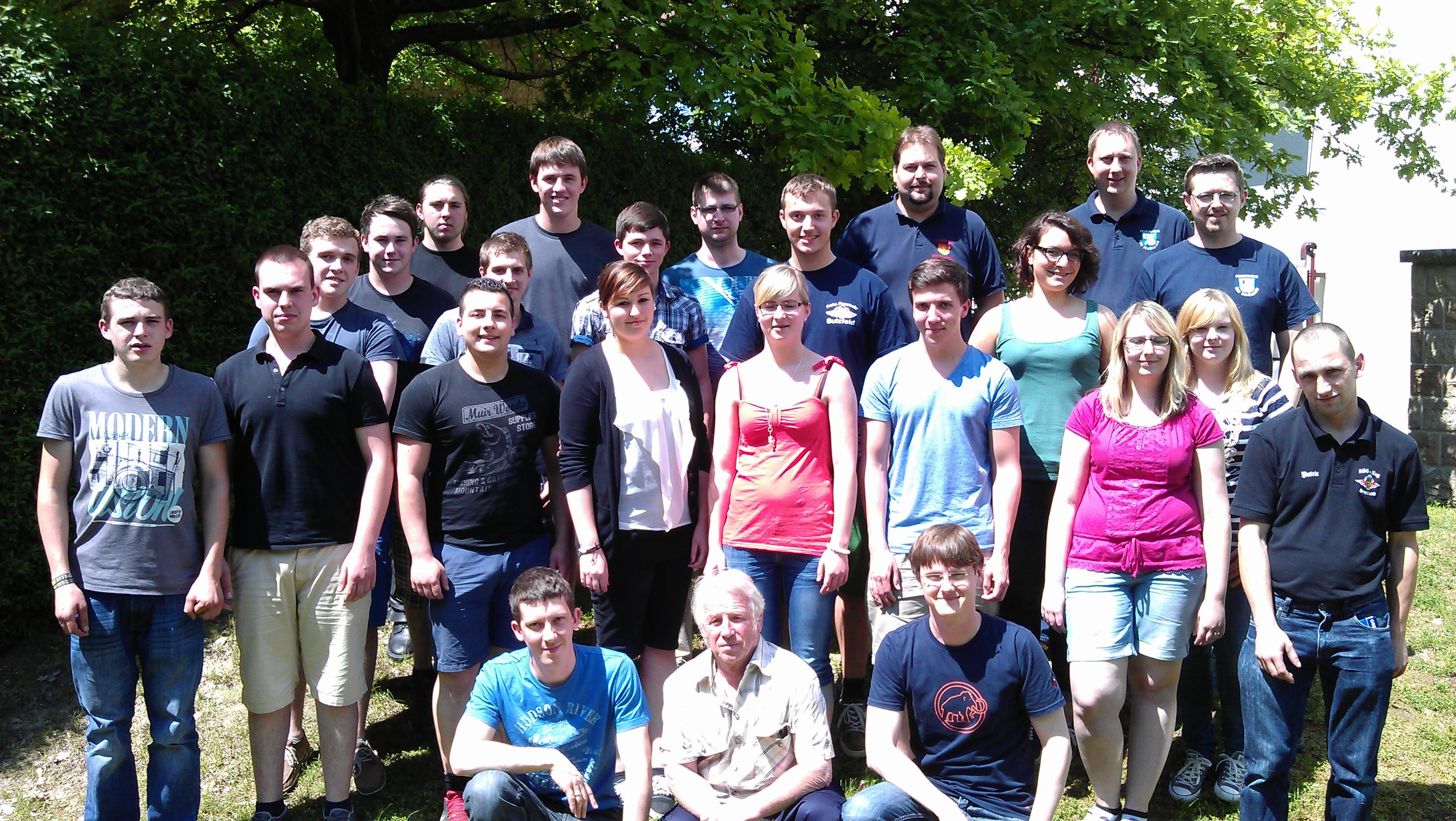 Die Teilnehmer und Ausbilder des Lehrgangs. Nicht auf dem Bild ist Agathe Meinzer.